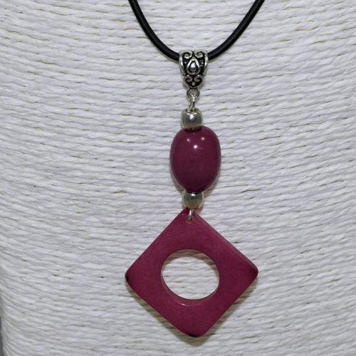 Pendentif design tagua teintée violet