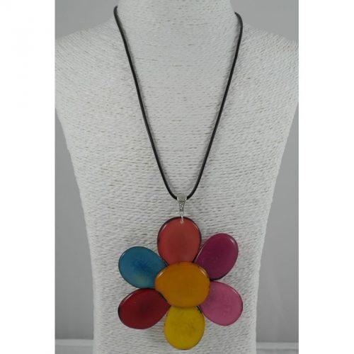 Pendentif Fleur en tagua