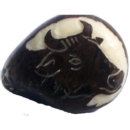 Gravure Tête de vache en tagua