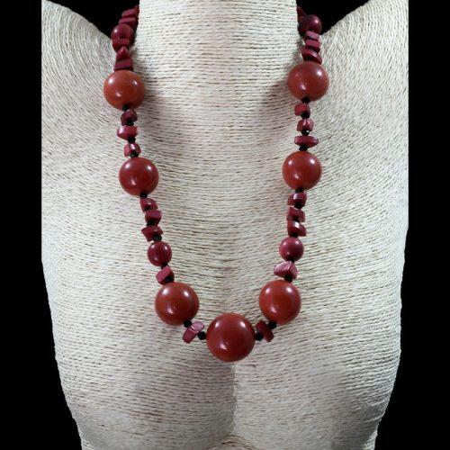 Collier perles de tagua