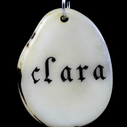 Tranche de tagua gravée prénom Clara