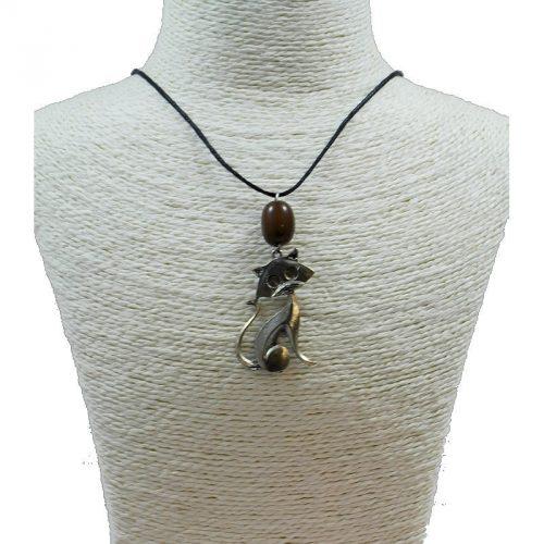 Pendentif chat en alliage et perle de tagua teintée marron