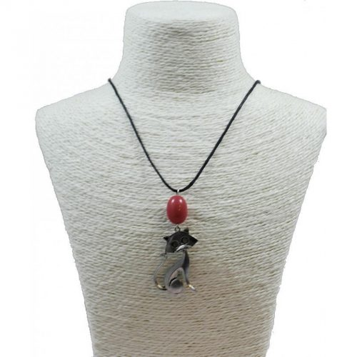 Pendentif chat en alliage et perle de tagua teintée rose